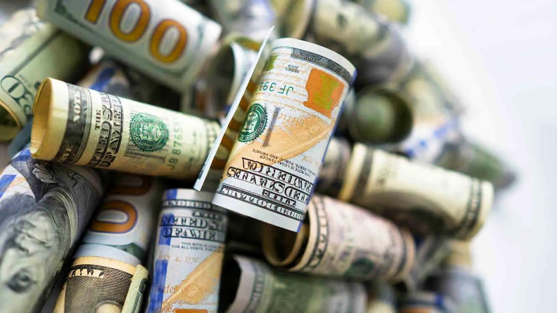 El dólar blue perdió casi todo lo que sumó en la semana