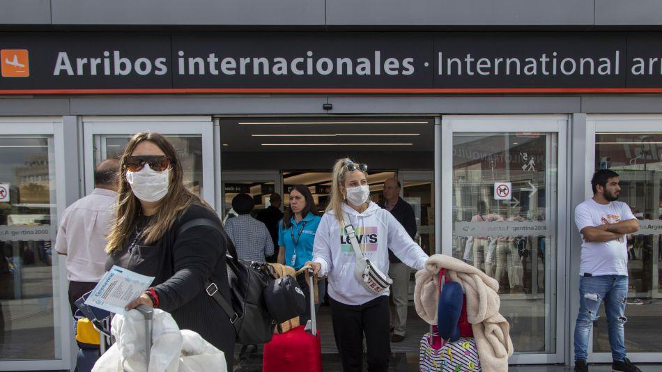 Volver a la Argentina sin cuarentena ni aislamiento: todos los nuevos requisitos para entrar al país desde hoy